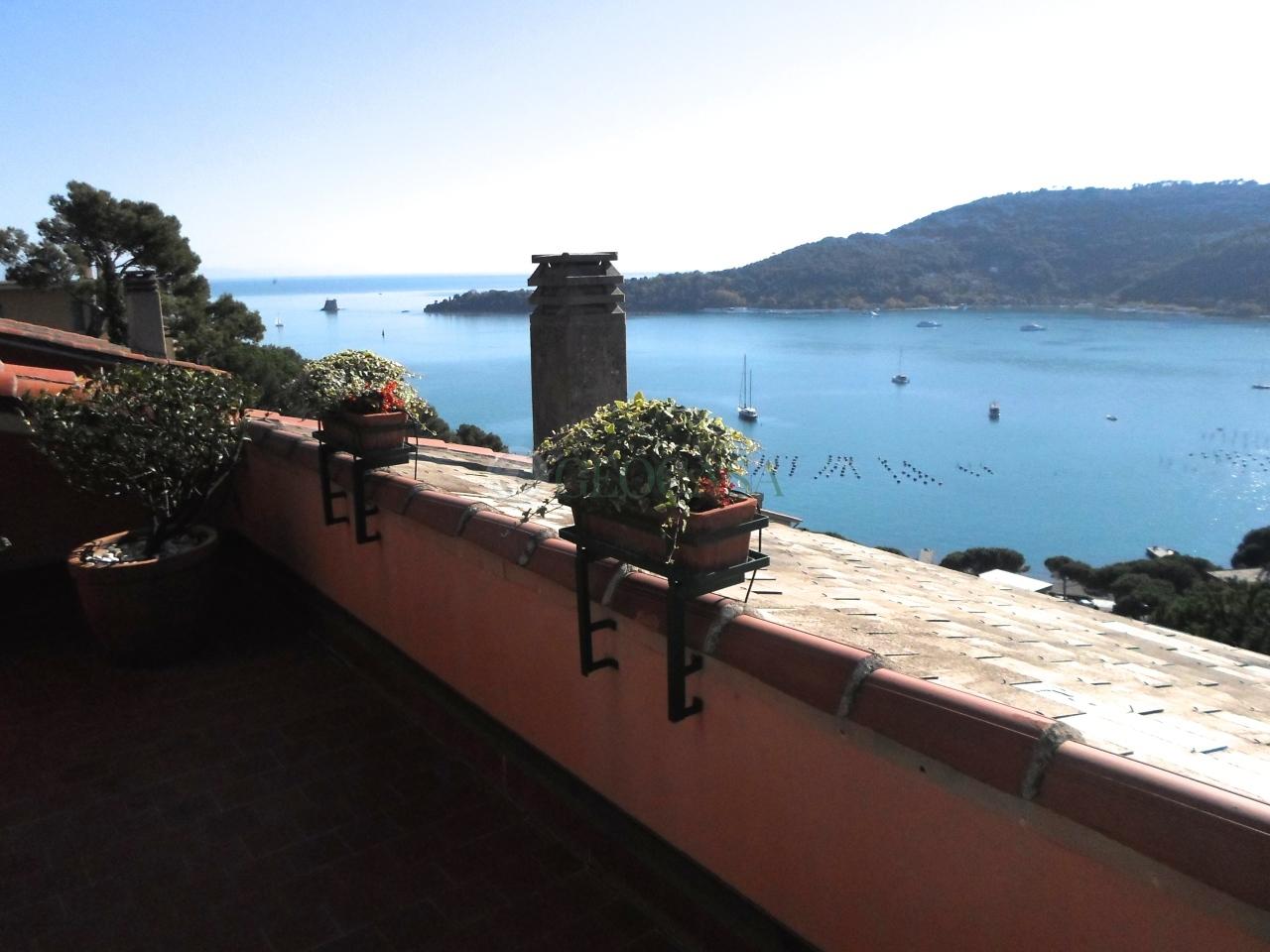 Appartamento in vendita a Portovenere, 4 locali, prezzo € 650.000 | Cambio Casa.it
