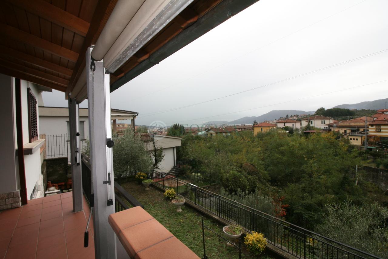 Villa, periferia est, Vendita - La Spezia