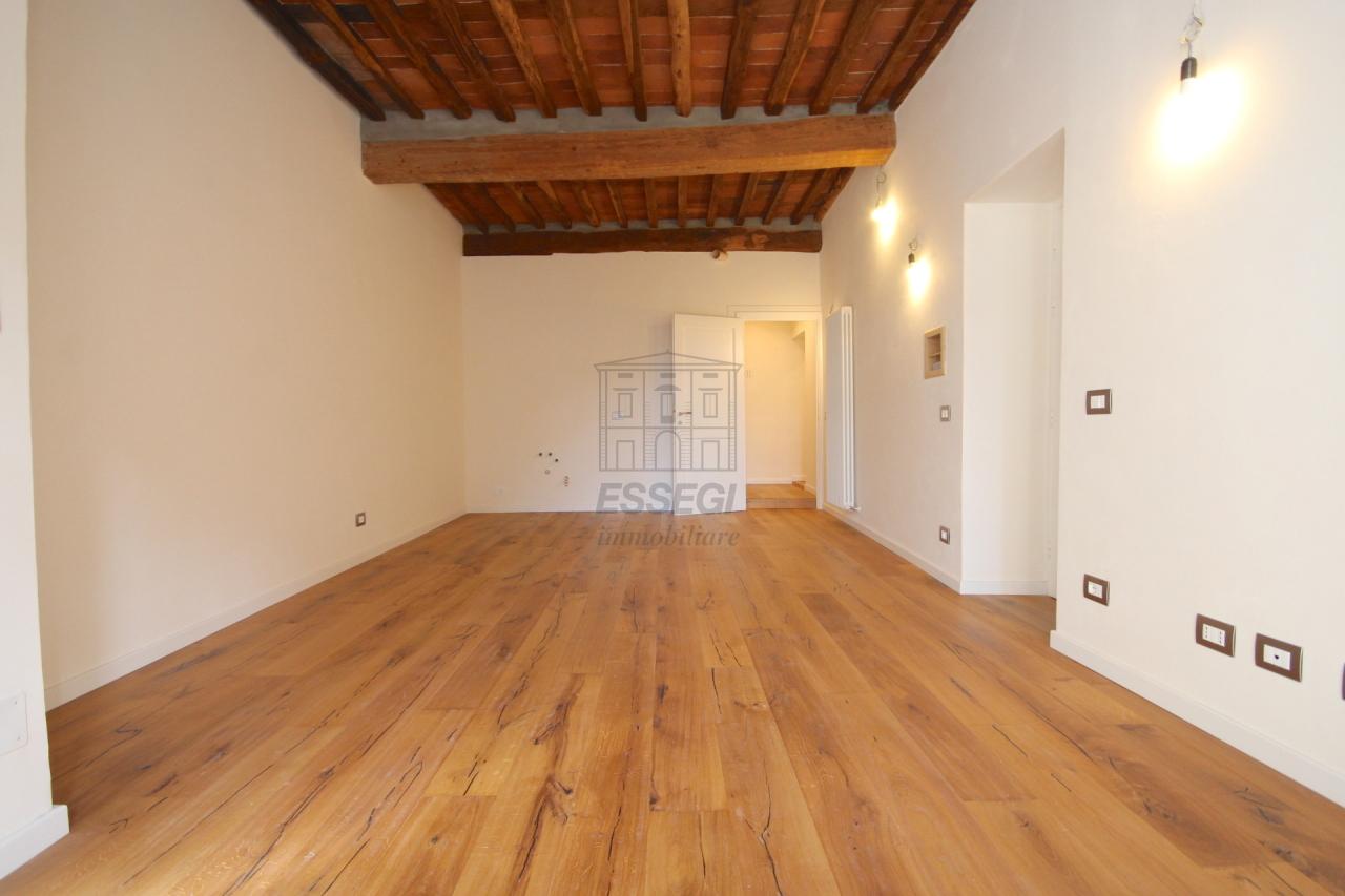 Appartamento Lucca Centro storico IA01386A img 5