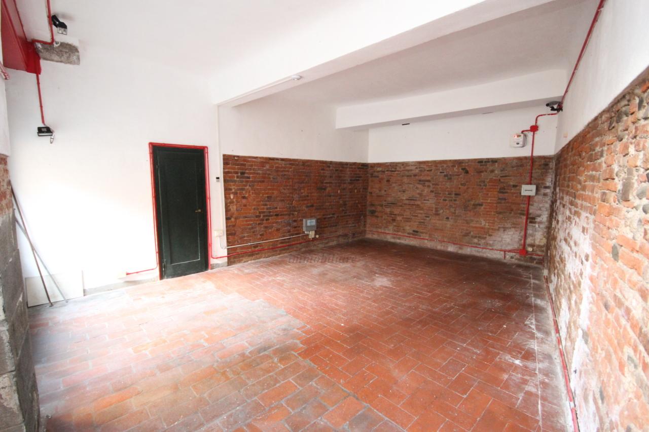 Magazzino in affitto a Lucca, 1 locali, prezzo € 550 | Cambio Casa.it