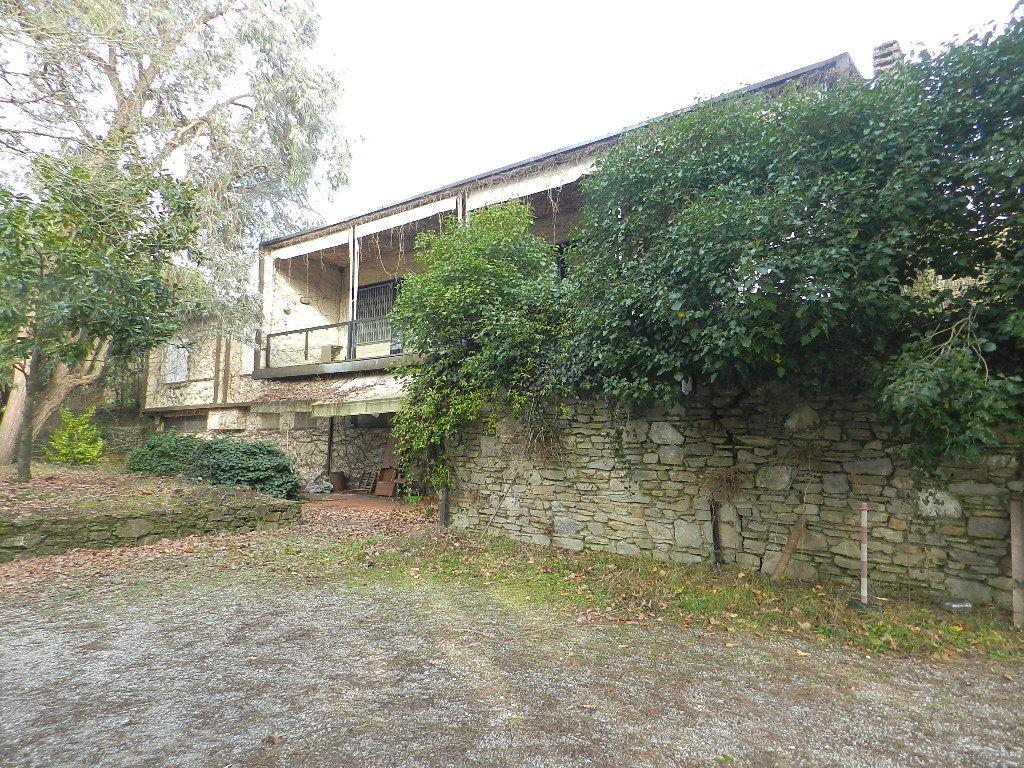 Villa unifamiliare in vendita - 250 mq