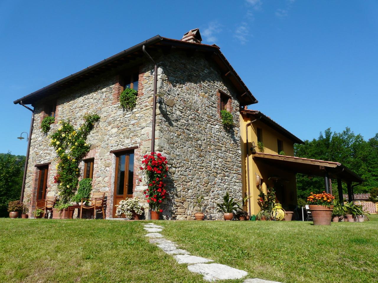 Rustico / Casale in vendita a Borgo a Mozzano, 7 locali, prezzo € 690.000 | Cambio Casa.it