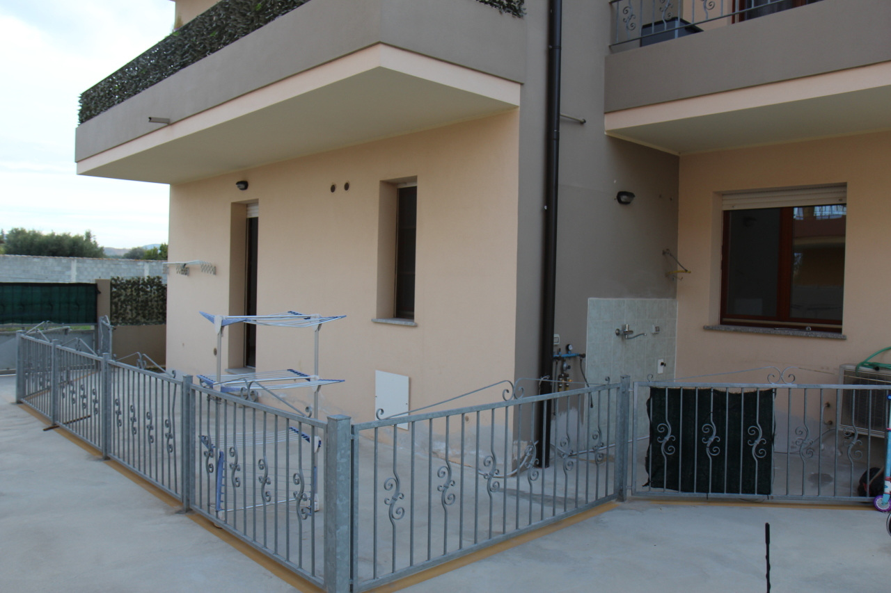 Appartamento in affitto a San Sperate, 3 locali, prezzo € 420 | CambioCasa.it