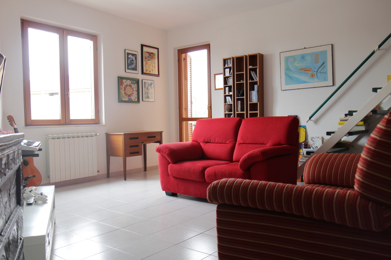 Appartamento in vendita a San Sperate, 4 locali, prezzo € 115.000 | Cambio Casa.it