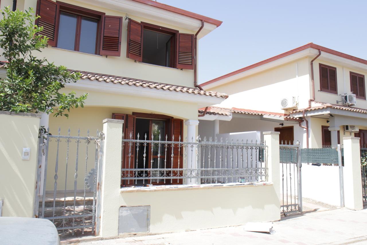 Villa in vendita a Uta, 4 locali, prezzo € 168.000 | CambioCasa.it