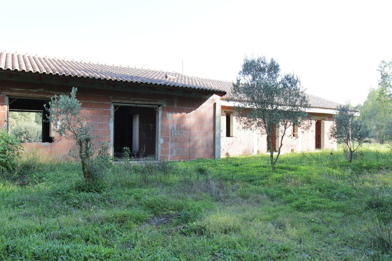Villa in vendita a Uta, 5 locali, prezzo € 155.000 | Cambio Casa.it