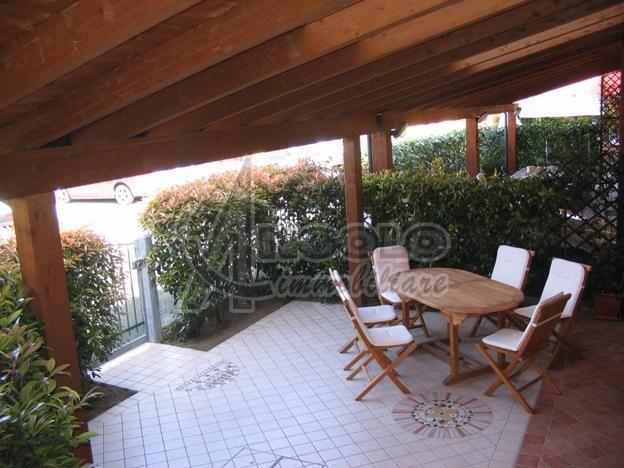 Soluzione Indipendente in vendita a Occhiobello, 4 locali, prezzo € 158.000 | Cambio Casa.it
