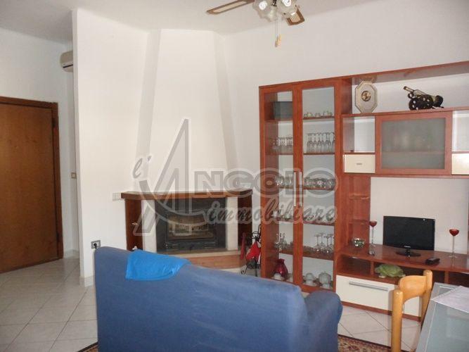 Appartamento in vendita a Occhiobello, 4 locali, prezzo € 65.000   Cambio Casa.it