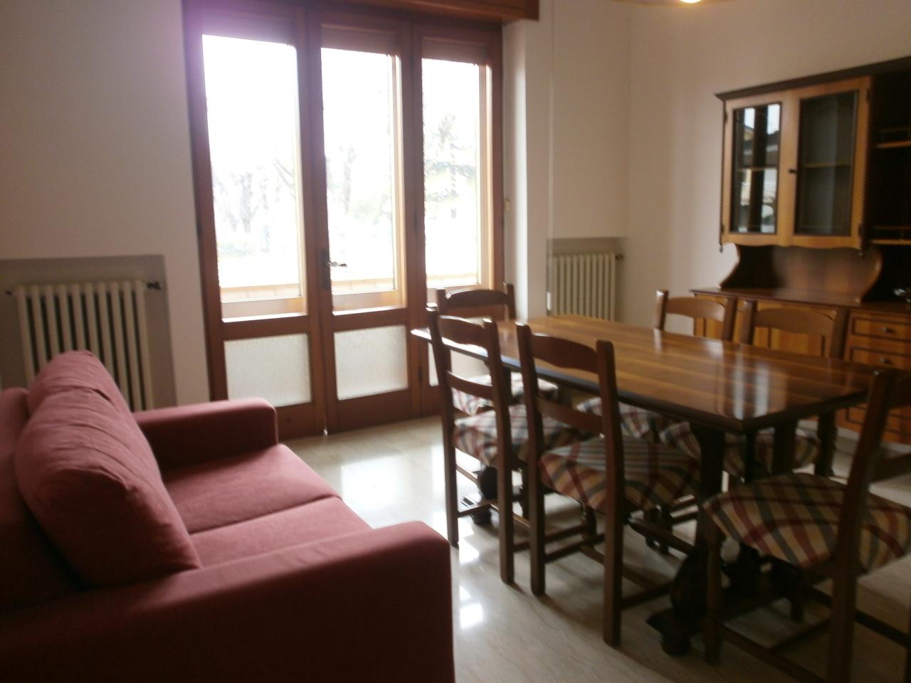 Appartamento in affitto a Lonigo, 5 locali, prezzo € 600 | Cambio Casa.it