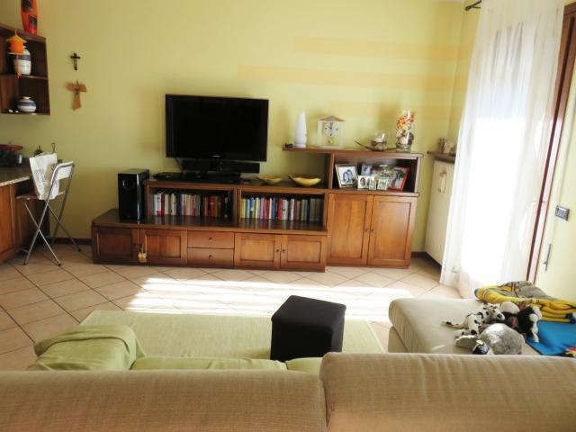Soluzione Indipendente in vendita a Castelfranco Veneto, 7 locali, prezzo € 175.000 | Cambio Casa.it