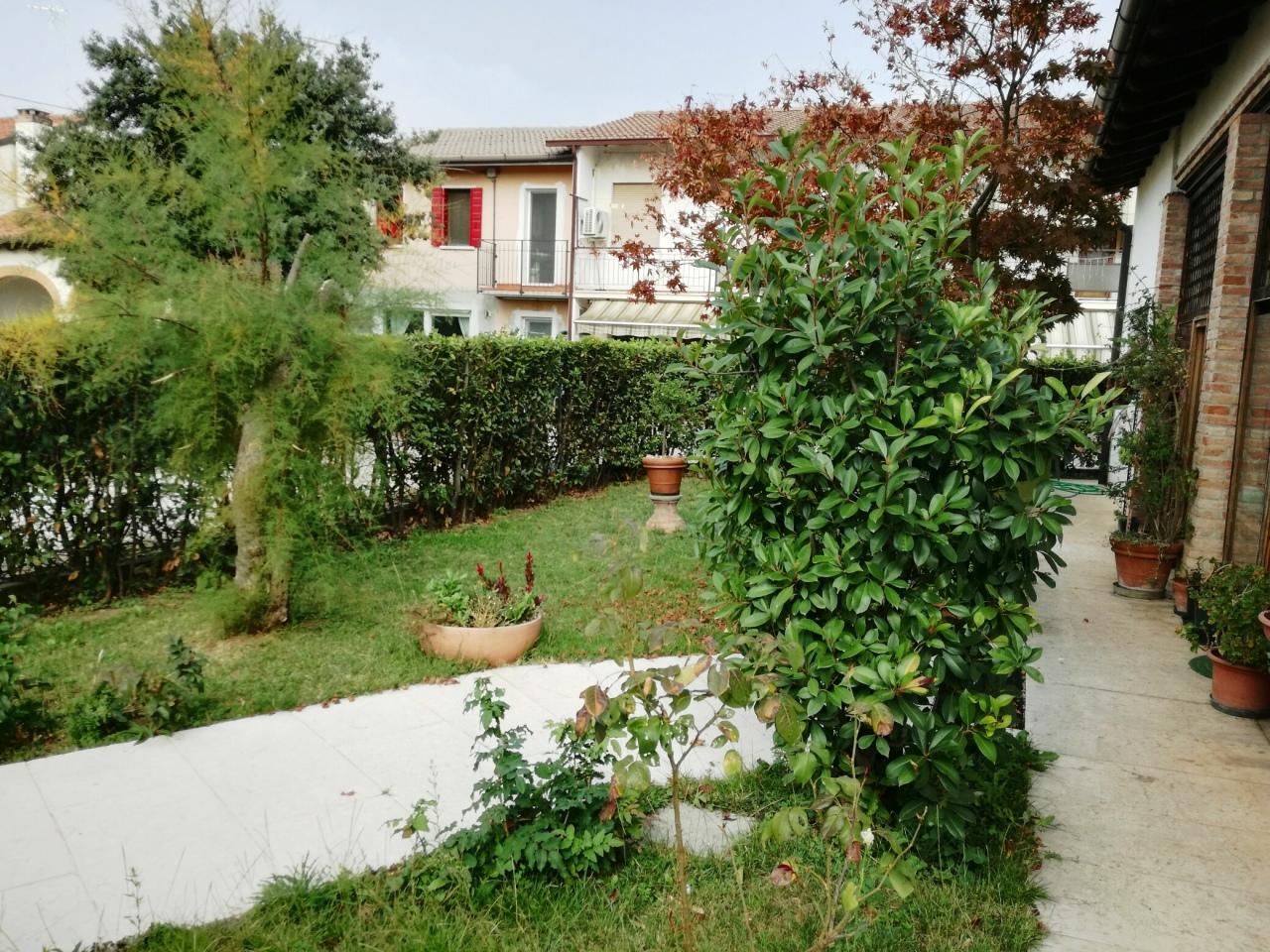 Rustico / Casale in vendita a Castelfranco Veneto, 6 locali, prezzo € 220.000 | Cambio Casa.it