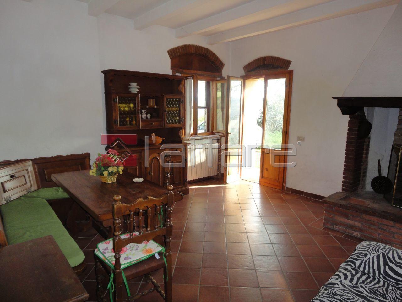 Appartamento in affitto a Crespina Lorenzana, 4 locali, prezzo € 500 | Cambio Casa.it