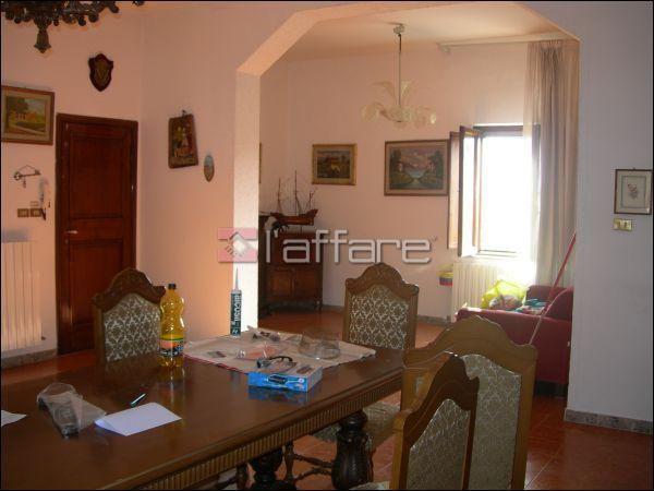 Appartamento in vendita a Fauglia, 5 locali, prezzo € 125.000 | Cambio Casa.it