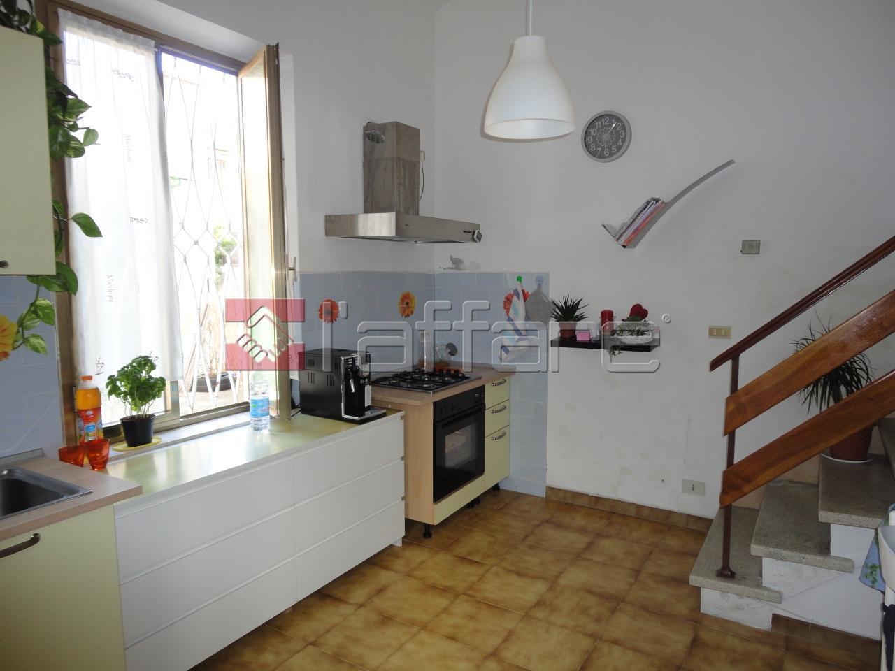 Appartamento in affitto a Crespina Lorenzana, 2 locali, prezzo € 400 | Cambio Casa.it