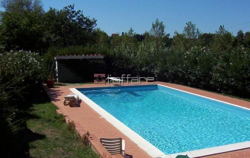 Soluzione Indipendente in vendita a Crespina Lorenzana, 15 locali, prezzo € 480.000 | Cambio Casa.it