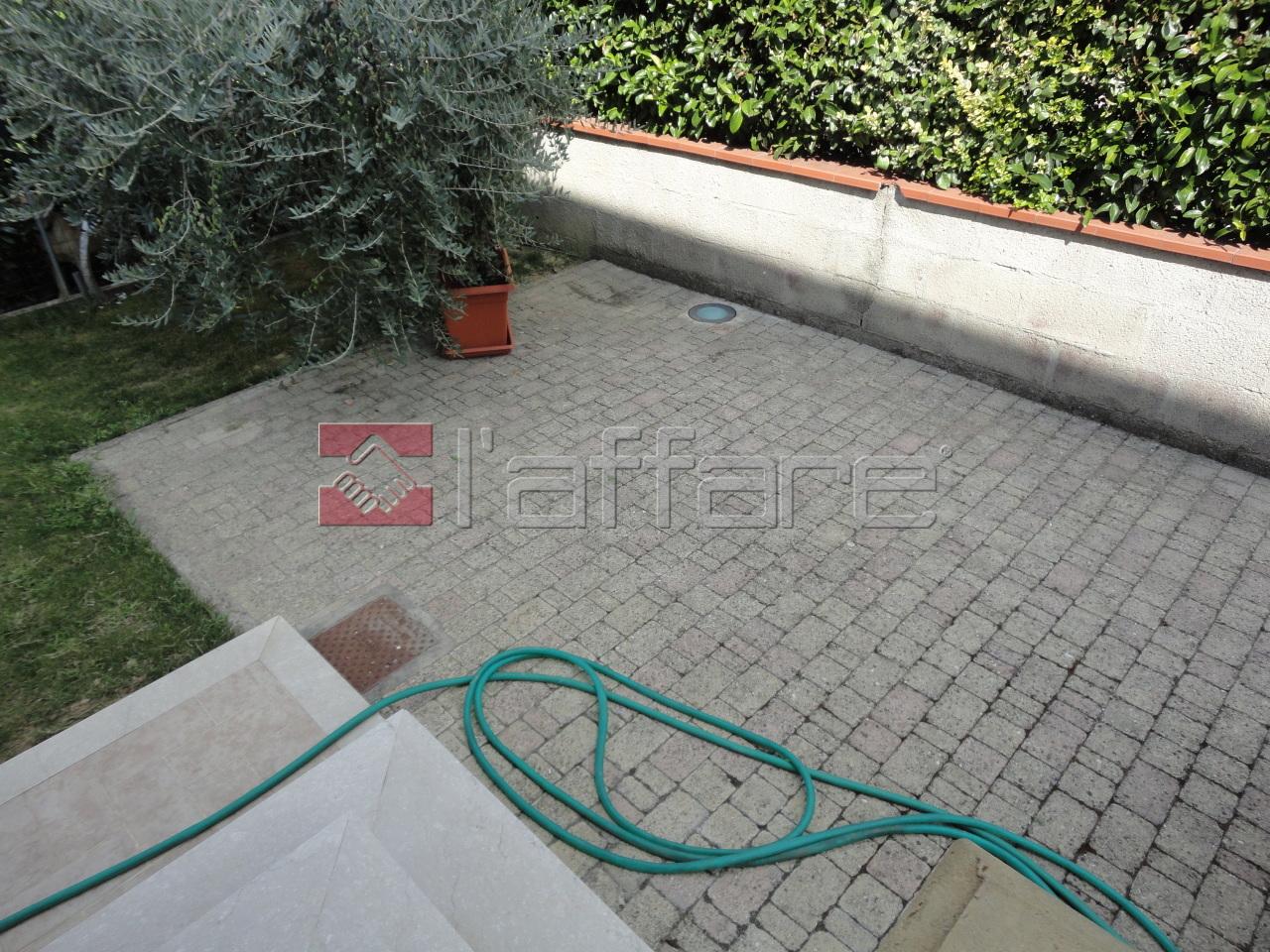 Appartamento in affitto a Ponsacco, 3 locali, prezzo € 700 | CambioCasa.it