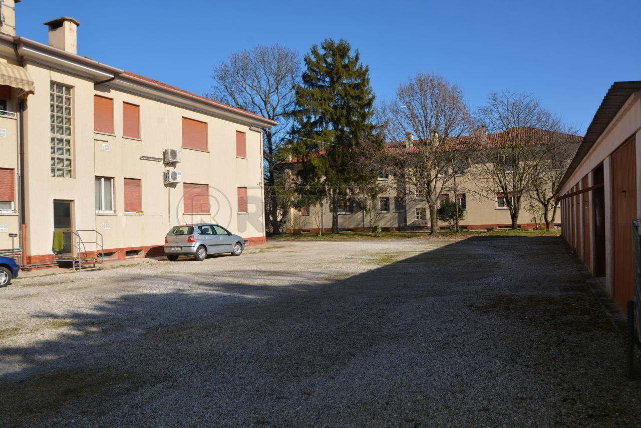 Bilocale Torviscosa Via Marconi 244 3