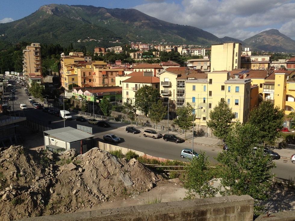 Bilocale Salerno Via Dei Casali 27 3