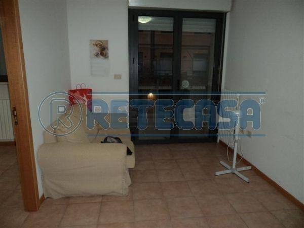 Appartamento bilocale in affitto a Ancona (AN)-2