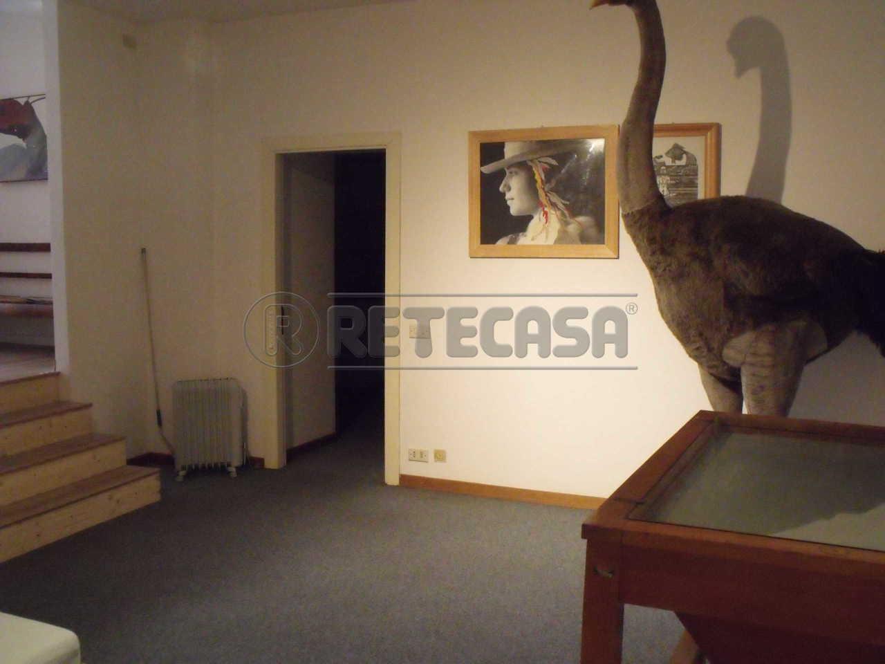 Ufficio / Studio in vendita a Ancona, 4 locali, prezzo € 250.000 | Cambio Casa.it