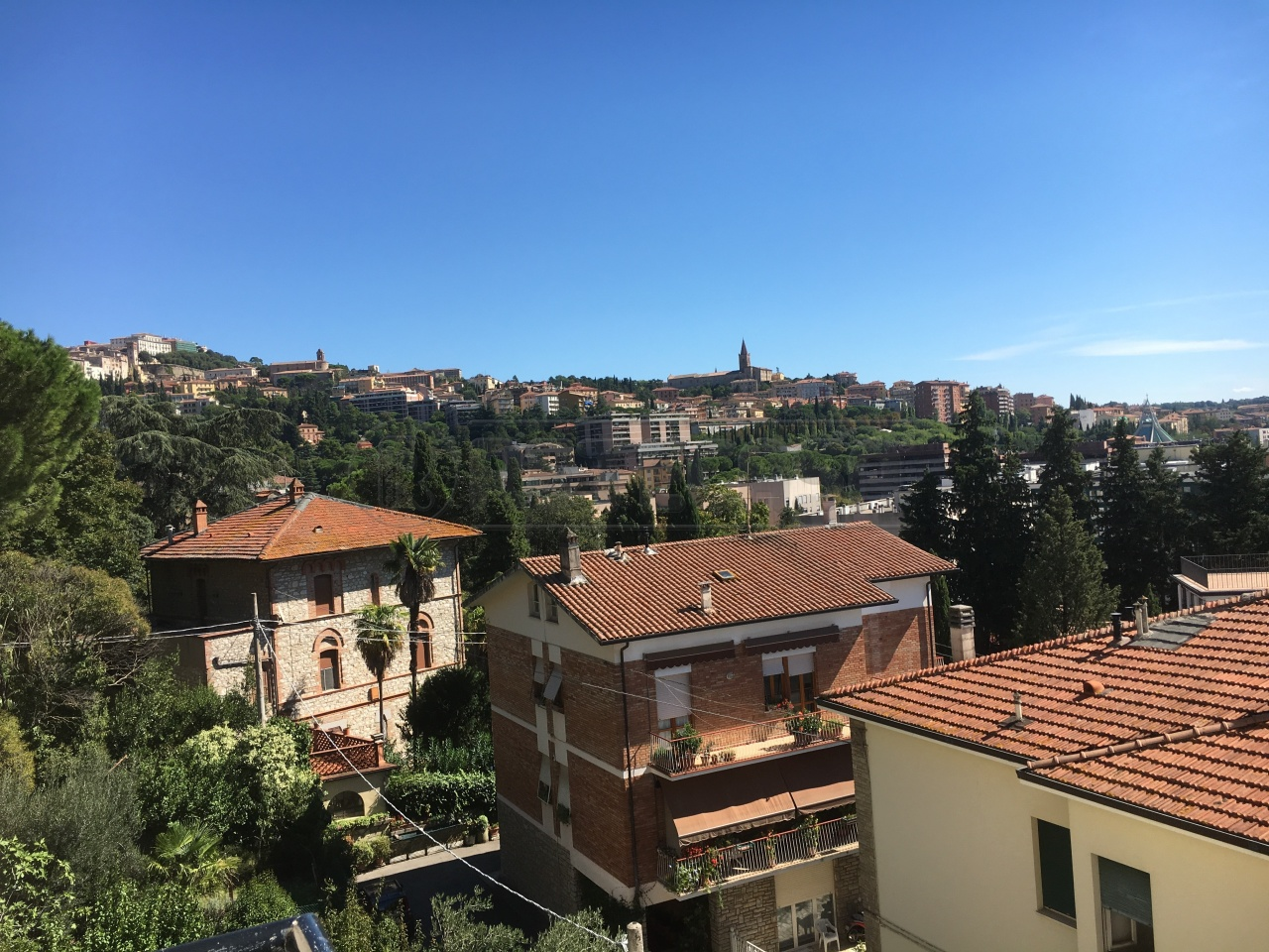 Appartamento in vendita a Perugia, 4 locali, prezzo € 105.000 | Cambio Casa.it