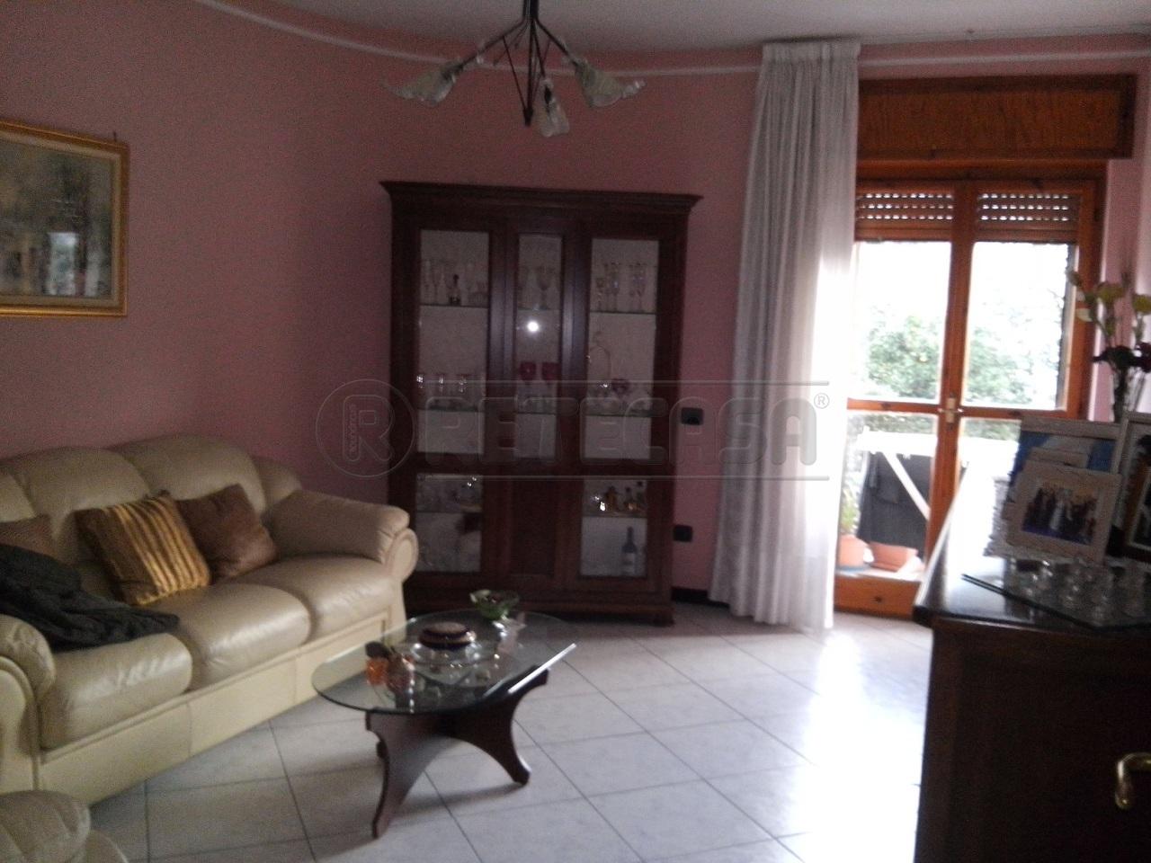 Appartamento in vendita a Mercato San Severino, 3 locali, prezzo € 170.000 | Cambio Casa.it
