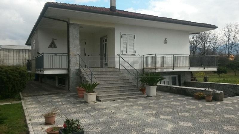 Villa in Vendita a Fisciano