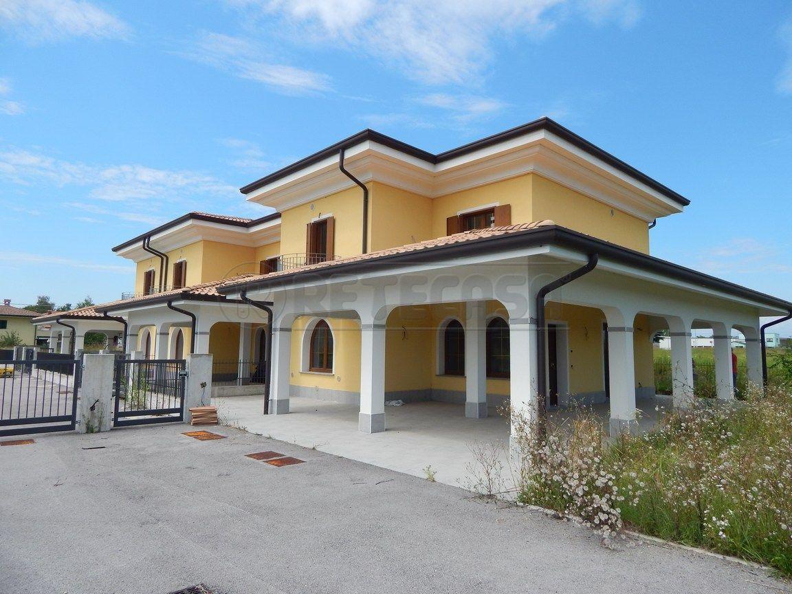 Villa a Schiera in Vendita a Romans d'Isonzo