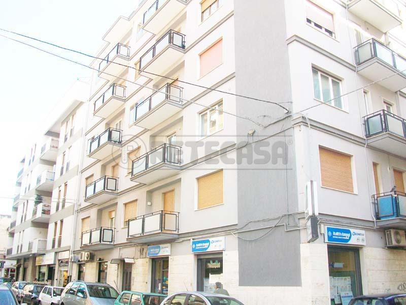 Attività / Licenza in vendita a Bisceglie, 1 locali, prezzo € 130.000 | Cambio Casa.it