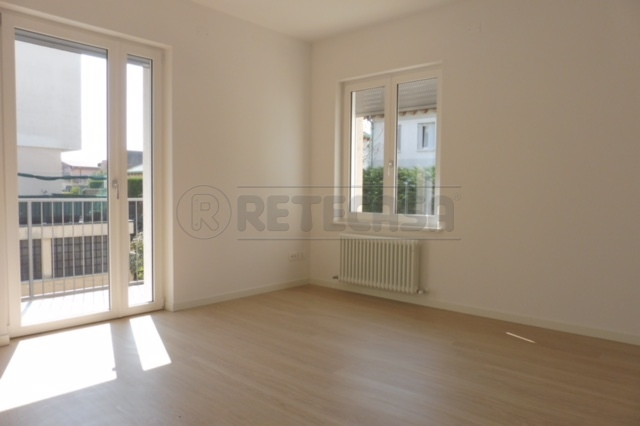 Appartamento in affitto a Bassano del Grappa, 4 locali, prezzo € 1.000   Cambio Casa.it