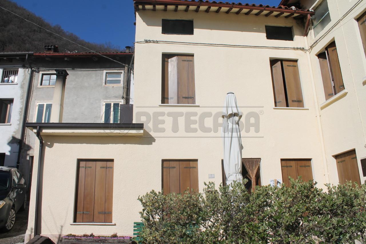 Casa affiancata in vendita a monte di malo di 210mq for Creatore di piani casa online