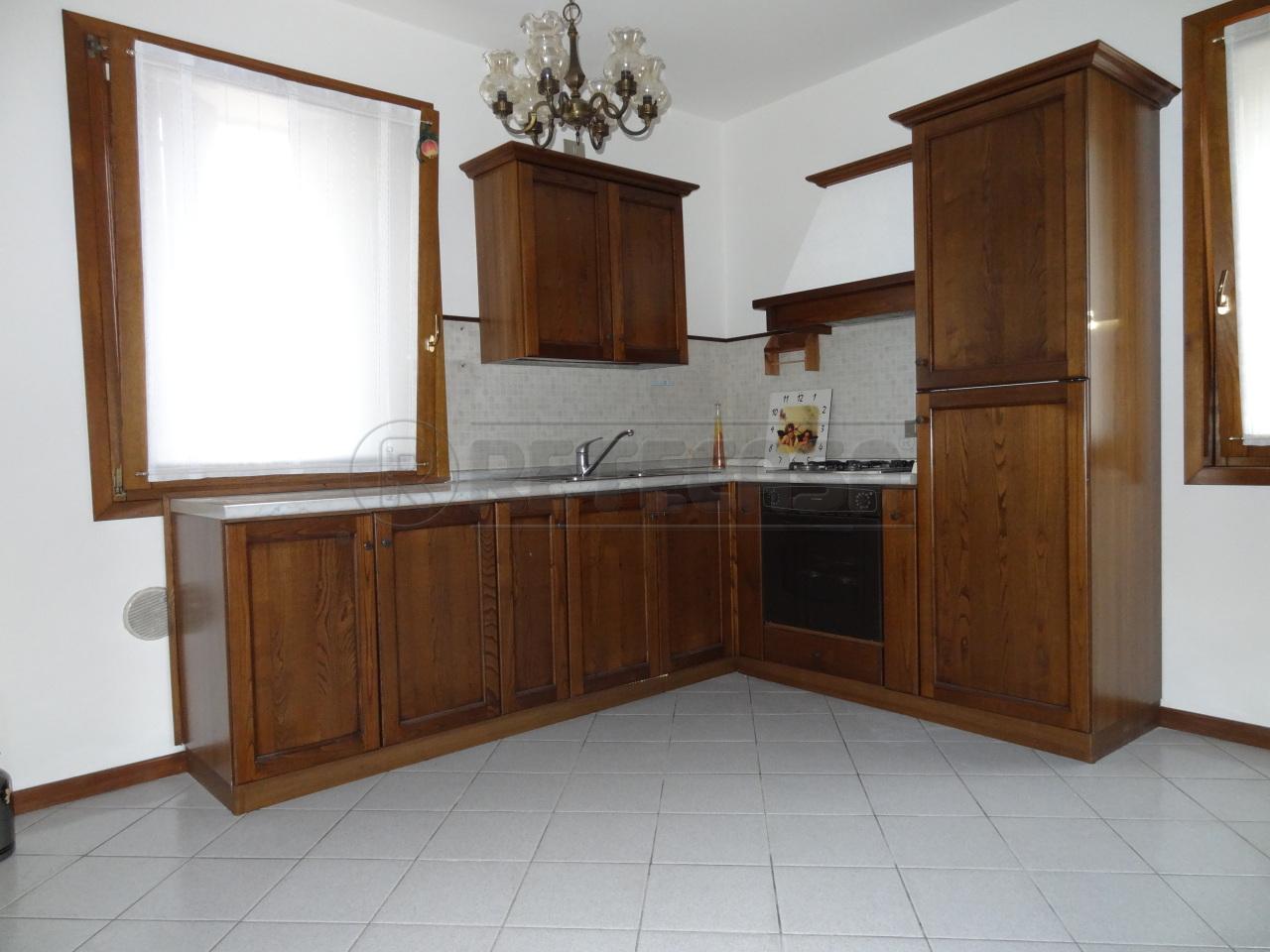 Appartamento in affitto a Bressanvido, 2 locali, prezzo € 320 | Cambio Casa.it