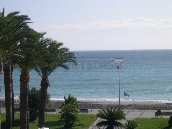 Appartamento in affitto a Loano, 4 locali, prezzo € 1.800 | Cambio Casa.it