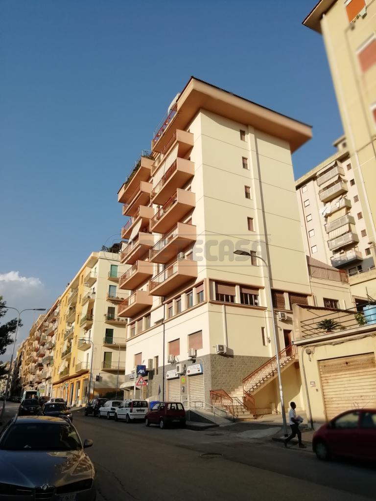 Appartamento, 75 Mq, Affitto - Caltanissetta (Caltanissetta)
