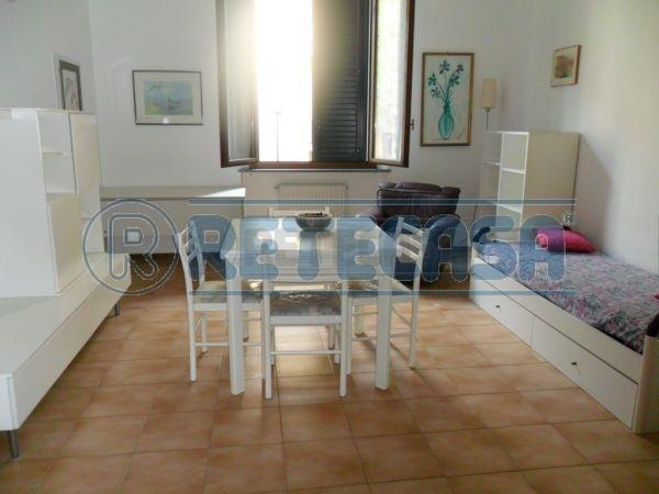 Bilocale Ancona Via Marconi 1