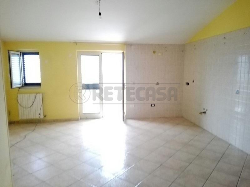 Attico / Mansarda in affitto a Montoro, 3 locali, prezzo € 350 | Cambio Casa.it