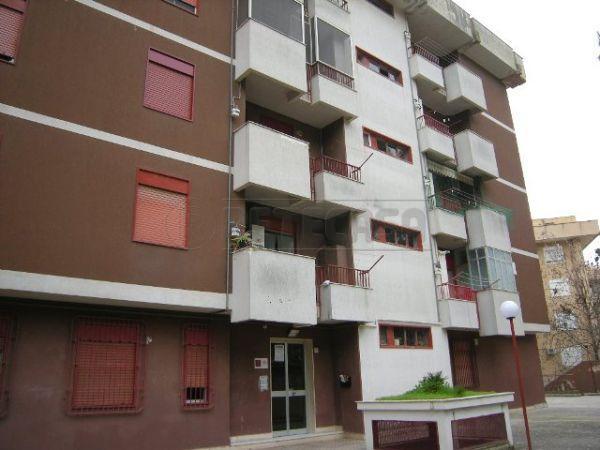 Appartamento in vendita a Caltanissetta, 4 locali, prezzo € 105.000 | Cambio Casa.it