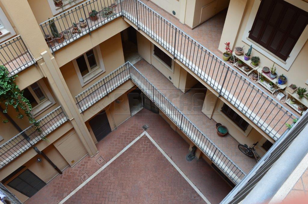 Bilocale Ancona Via Pizzecolli 10