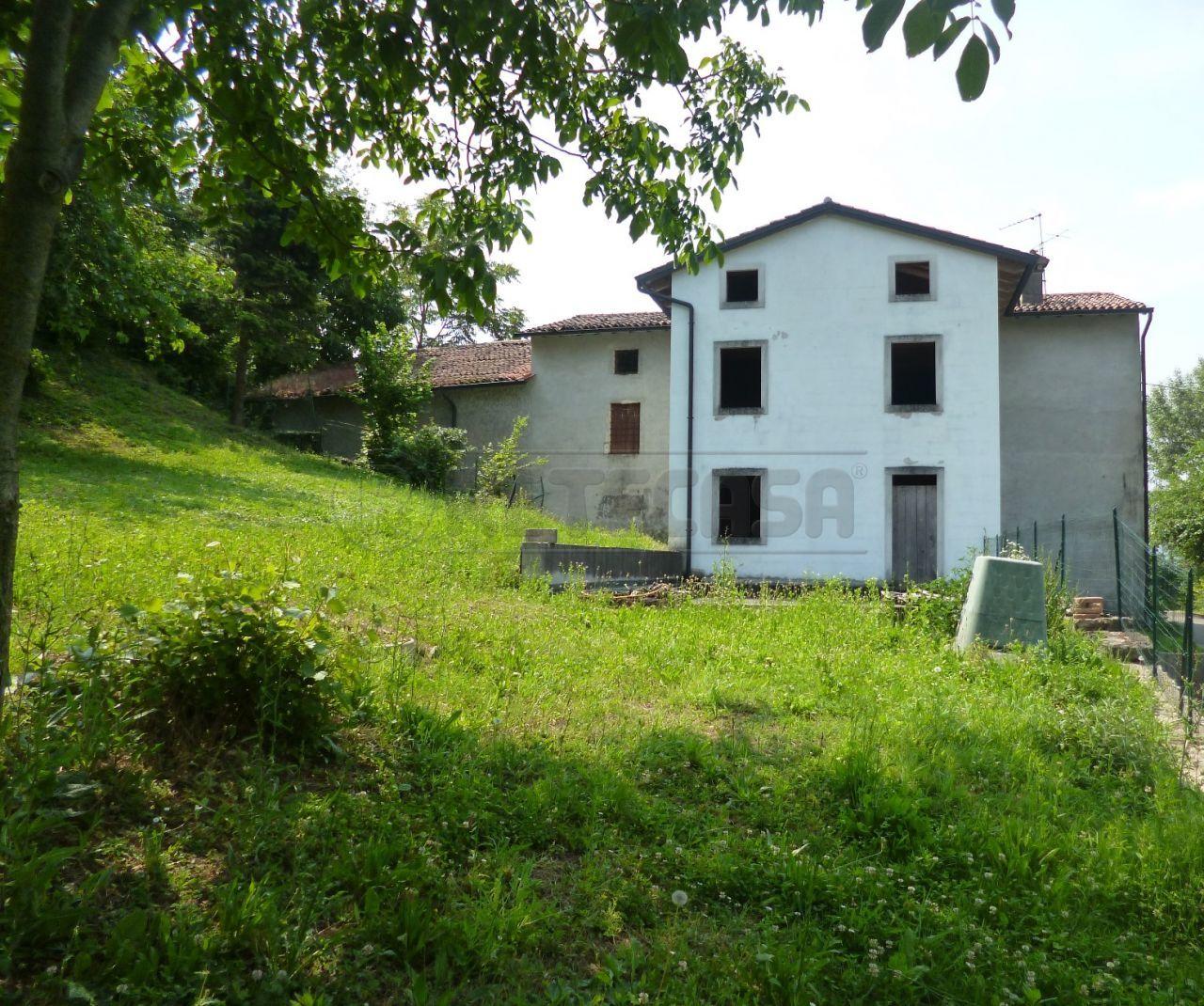 Rustico / Casale in vendita a Sovizzo, 8 locali, Trattative riservate | Cambio Casa.it