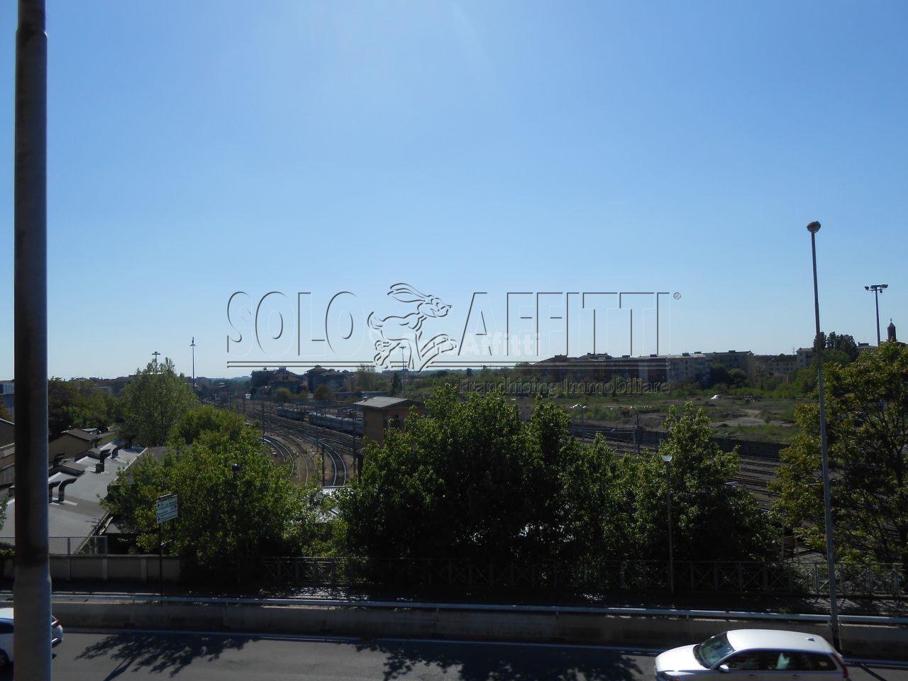 Bilocale Pavia Via Trieste 2