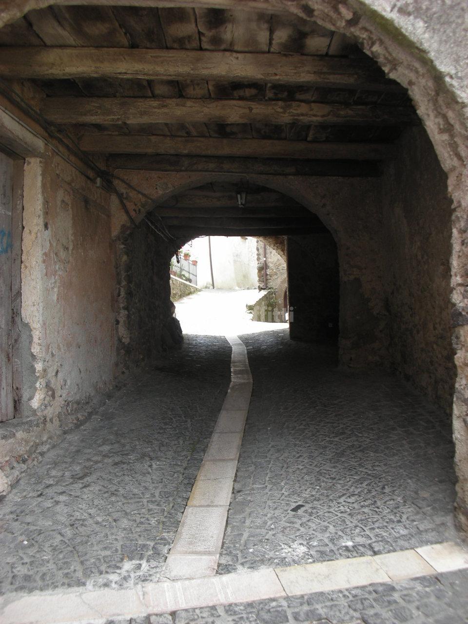 Bilocale Galluccio Piazza S. Anna 4 12