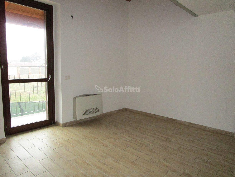Bilocale Linarolo Via Roma 8 10