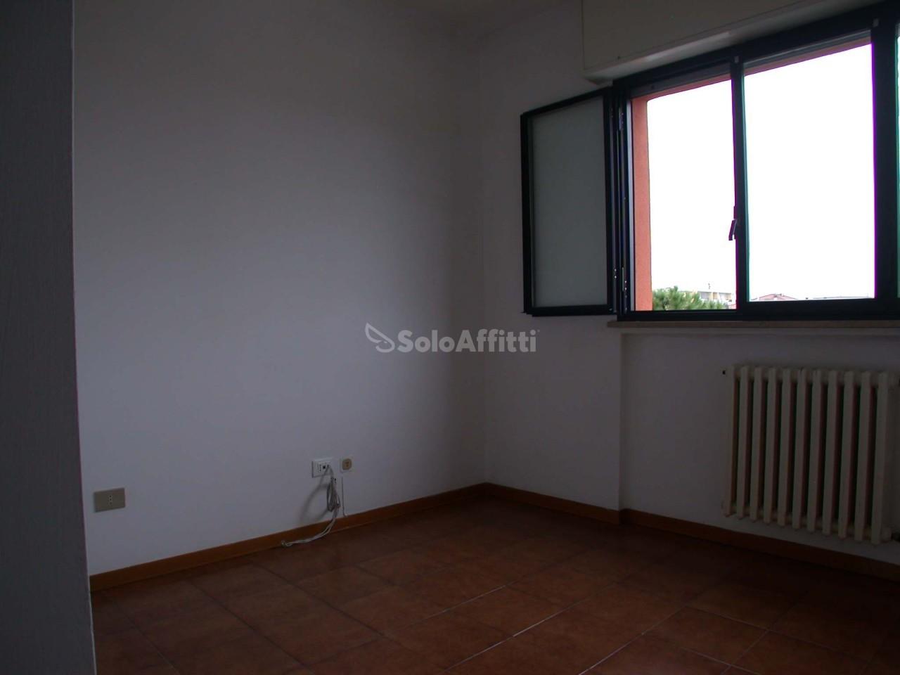 Bilocale Fano Via Goldoni 6