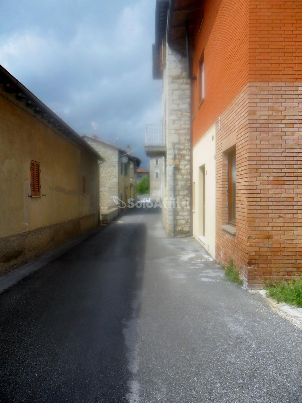Bilocale Corciano Via Gian Battista Vico 12