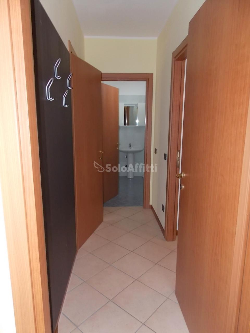 Bilocale Novara Via Brescia  8 10