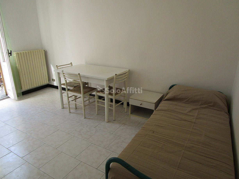 Bilocale Pavia Via Dei Mille 45 6