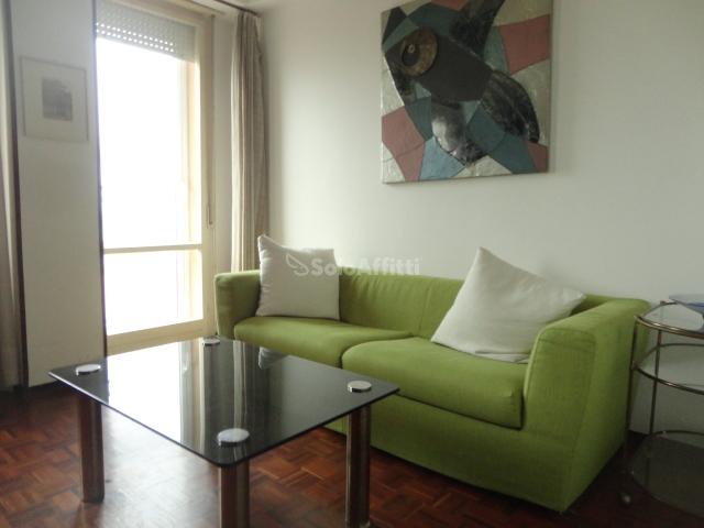 Appartamento quadrilocale in affitto a Pesaro (PU)