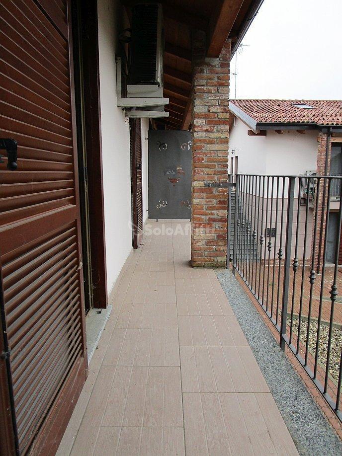 Bilocale Linarolo Via Roma 8 11