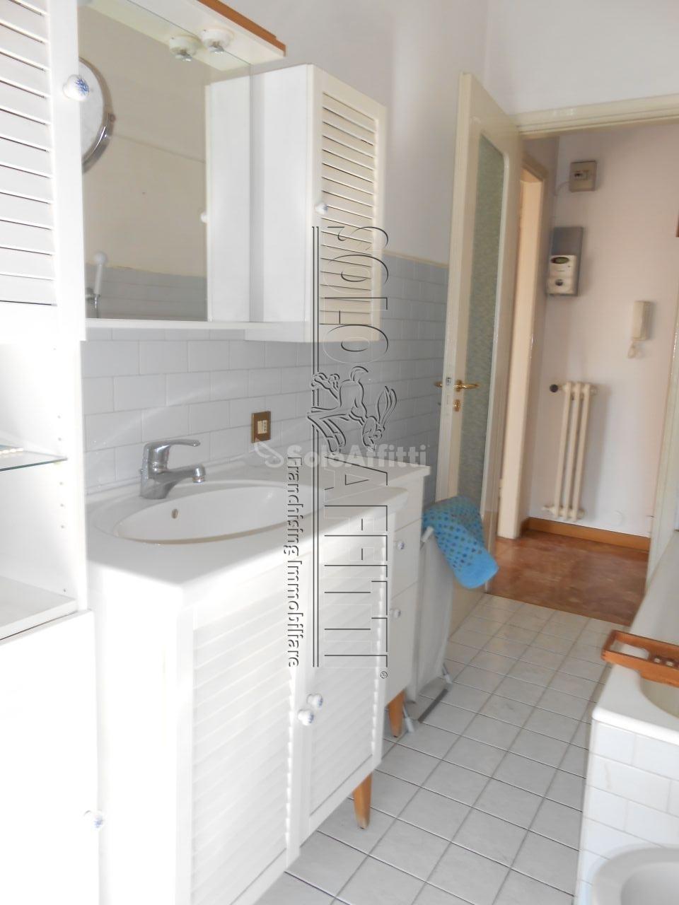 Bilocale Pavia Via Trieste 11