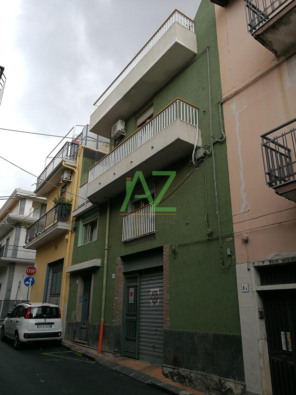 Soluzione Indipendente in vendita a Misterbianco, 5 locali, prezzo € 135.000 | Cambio Casa.it